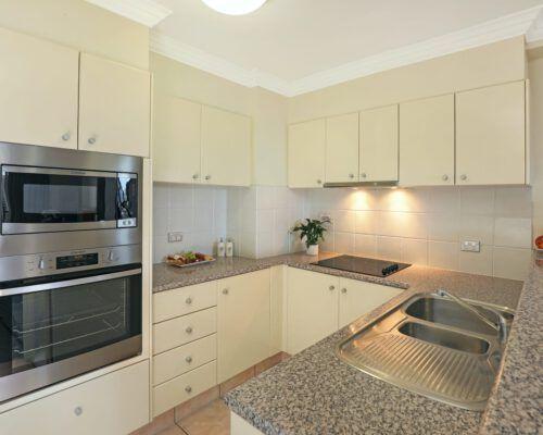 apartment-2-bedroom-superior-1009-4