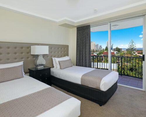apartment-2-bedroom-superior-602-5